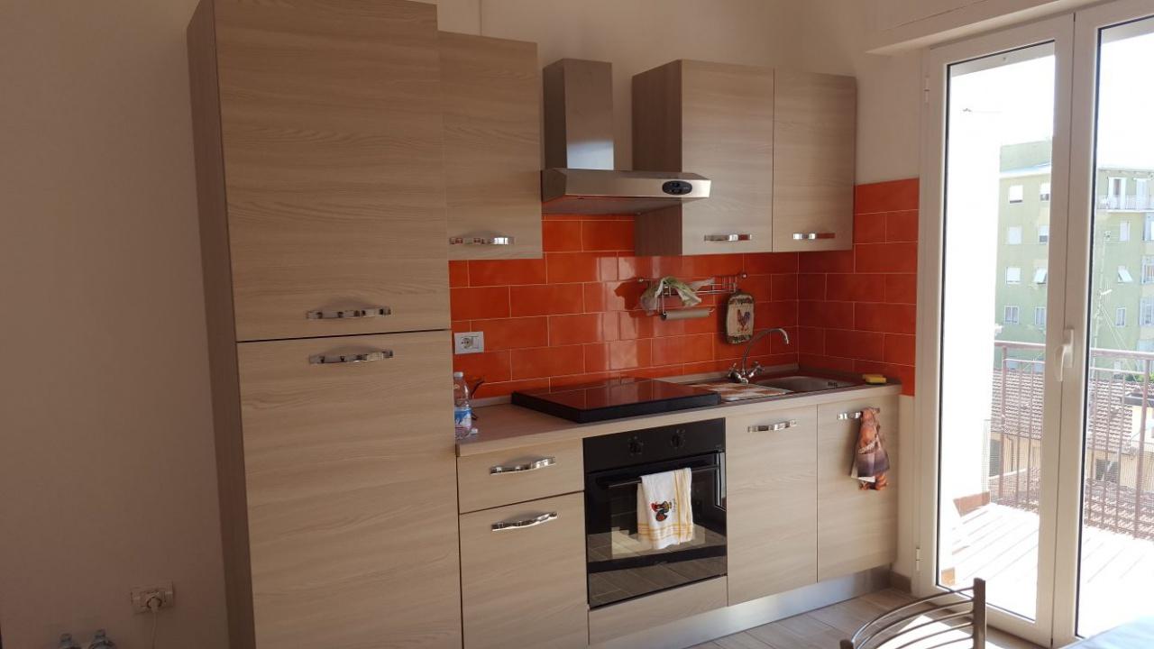 affitto appartamento follonica centro  500 euro  3 locali  80 mq