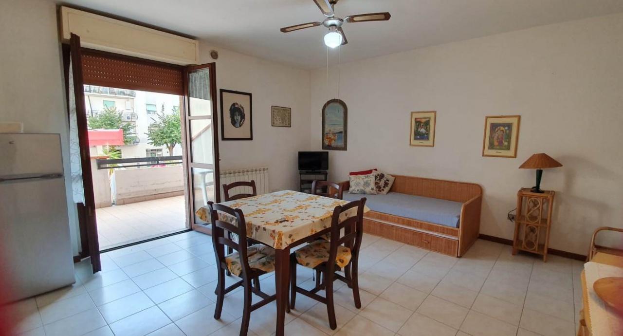 Appartamento in vendita a Follonica, 2 locali, prezzo € 190.000 | PortaleAgenzieImmobiliari.it