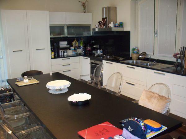 Villa in vendita a Quarrata, 10 locali, Trattative riservate   CambioCasa.it