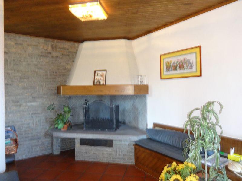 Villa in vendita a Poggio a Caiano, 9 locali, Trattative riservate   CambioCasa.it