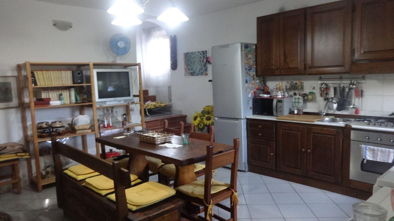 Casa Indipendente in buone condizioni in vendita Rif. 4769263