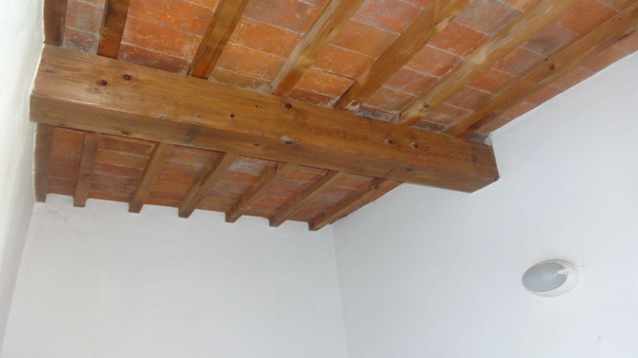 Soluzione Indipendente in affitto a Carmignano, 3 locali, prezzo € 650 | CambioCasa.it