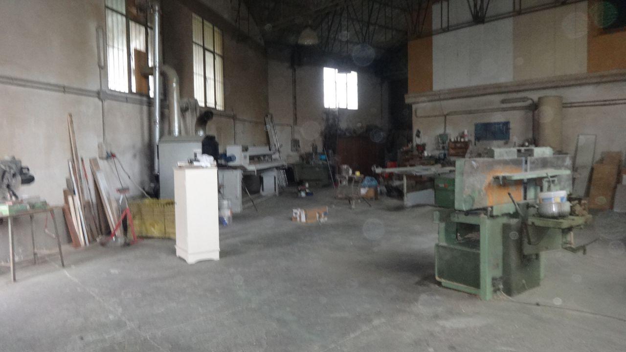 Magazzino - capannone in buone condizioni in affitto Rif. 5663214