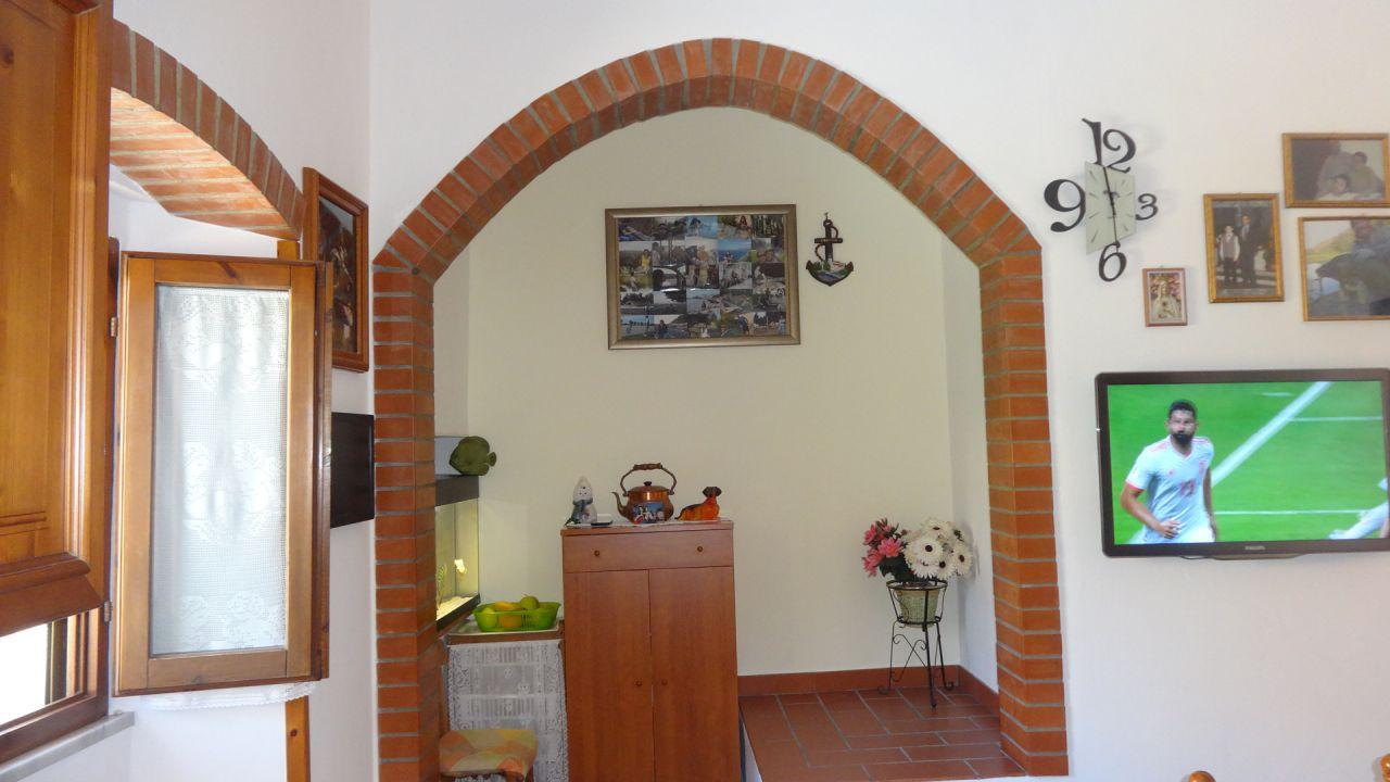 Casa Indipendente in buone condizioni in vendita Rif. 7024630