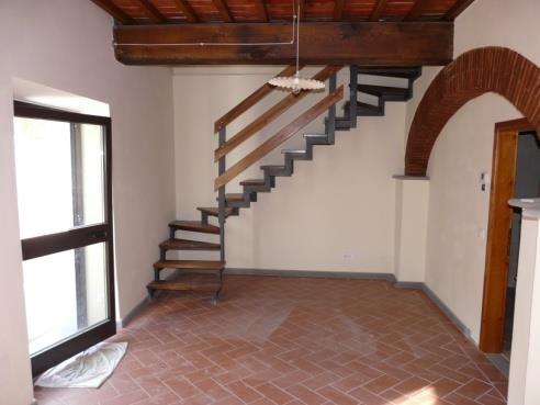 Appartamento ristrutturato in affitto Rif. 8070489