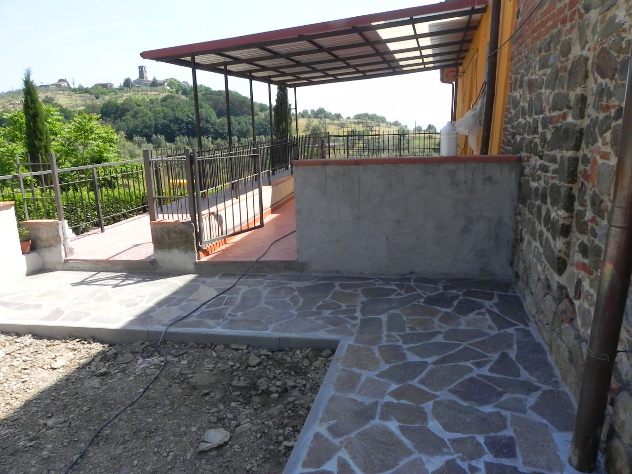 Appartamento ristrutturato in affitto Rif. 8070488