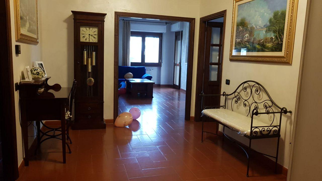 Appartamento in ottime condizioni in vendita Rif. 8474472