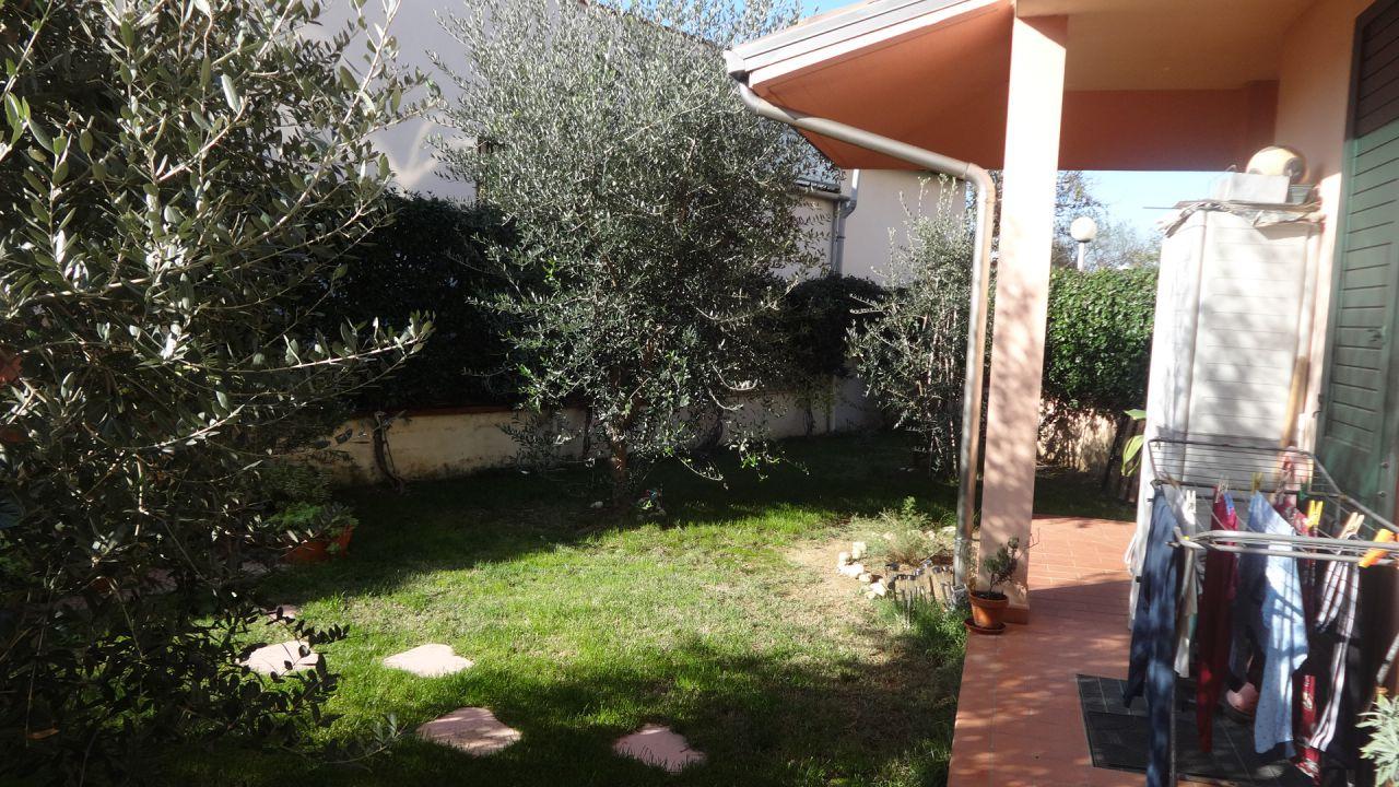 Casa Indipendente in ottime condizioni in vendita Rif. 8601302