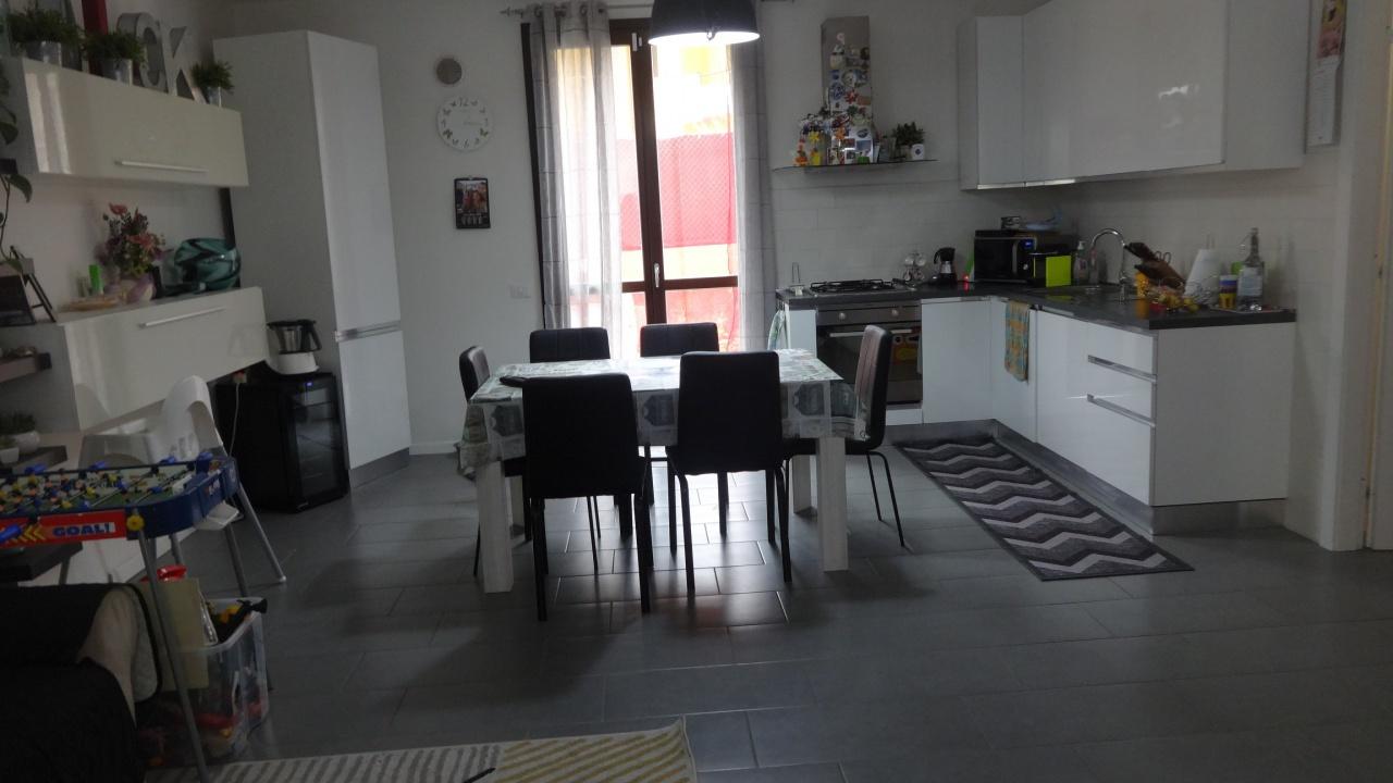 Casa Indipendente in ottime condizioni in vendita Rif. 11188882