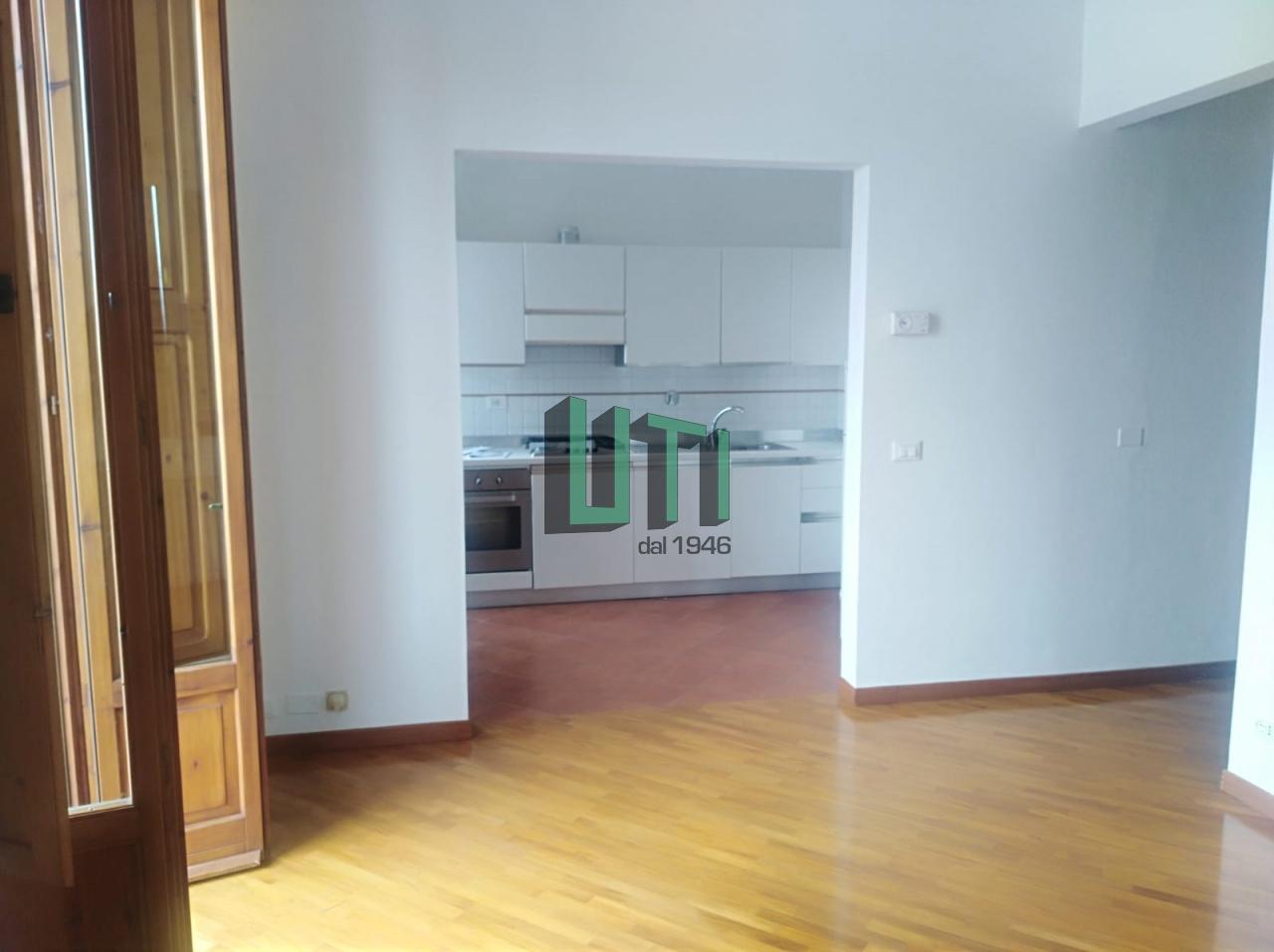 Appartamento in ottime condizioni in affitto Rif. 10707686