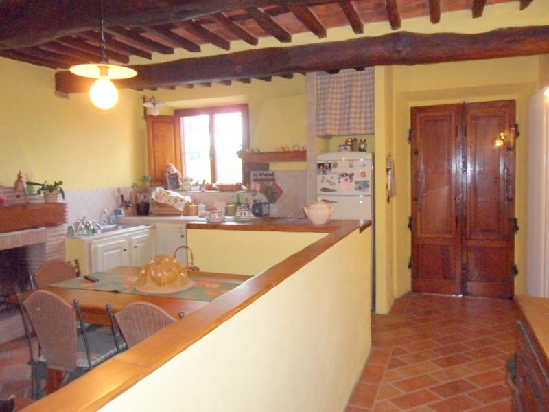 Soluzione Indipendente in vendita a Massarosa, 5 locali, Trattative riservate | CambioCasa.it