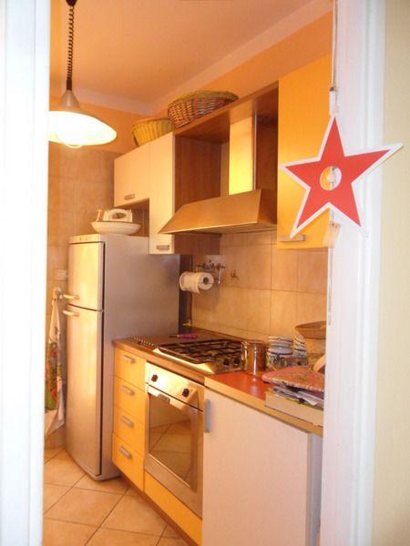 Soluzione Indipendente in affitto a Viareggio, 5 locali, zona Località: GENERICA, prezzo € 1.800 | Cambio Casa.it