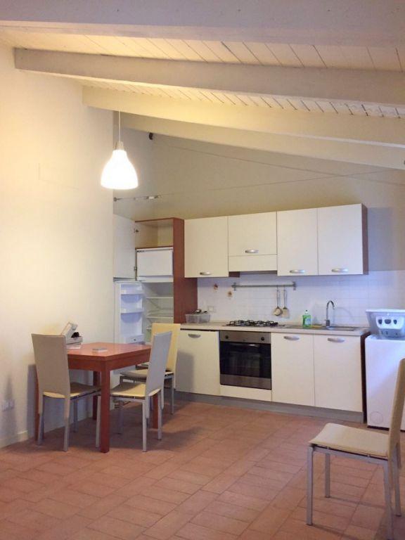 Appartamento in vendita a Massarosa, 3 locali, zona Località: GENERICA, prezzo € 175.000 | Cambio Casa.it