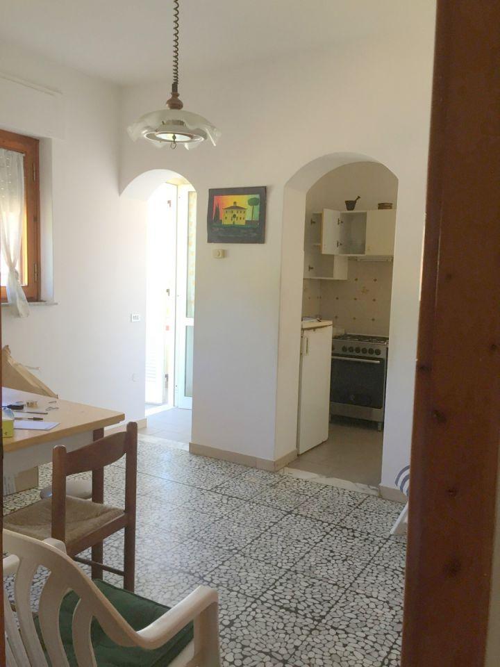 Soluzione Indipendente in vendita a Massarosa, 5 locali, zona Località: GENERICA, prezzo € 140.000 | Cambio Casa.it