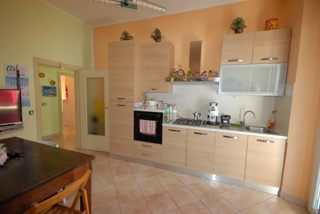 vendita appartamento follonica centro  200000 euro  65 mq