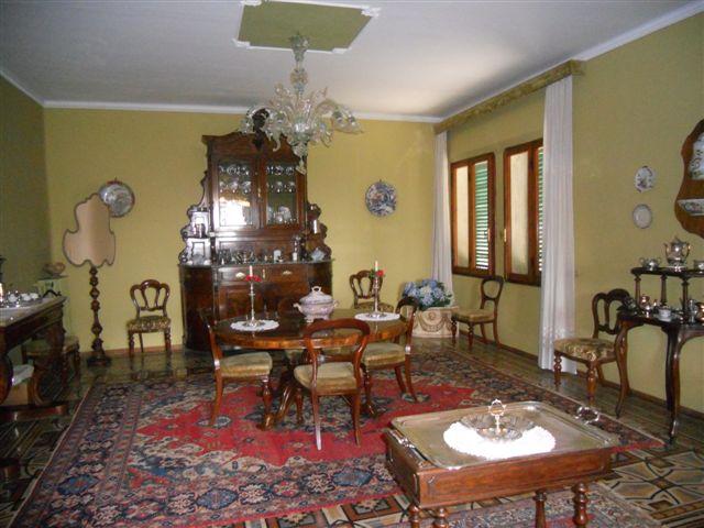 Palazzo / Stabile in vendita a Castagneto Carducci, 9999 locali, Trattative riservate | CambioCasa.it