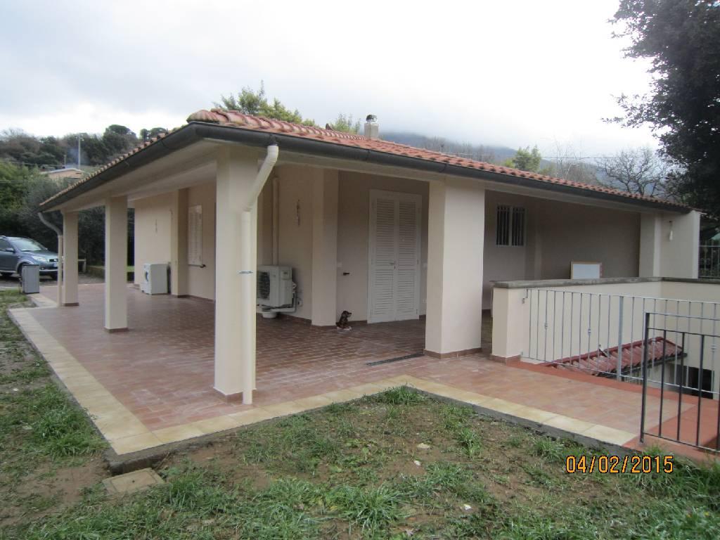 Soluzione Indipendente in vendita a Scarlino, 4 locali, zona Località: GENERICA, prezzo € 285.000 | Cambio Casa.it