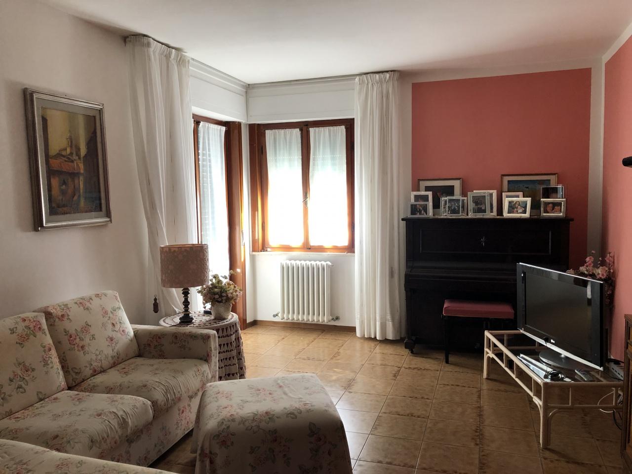Appartamento da ristrutturare in vendita Rif. 10046614