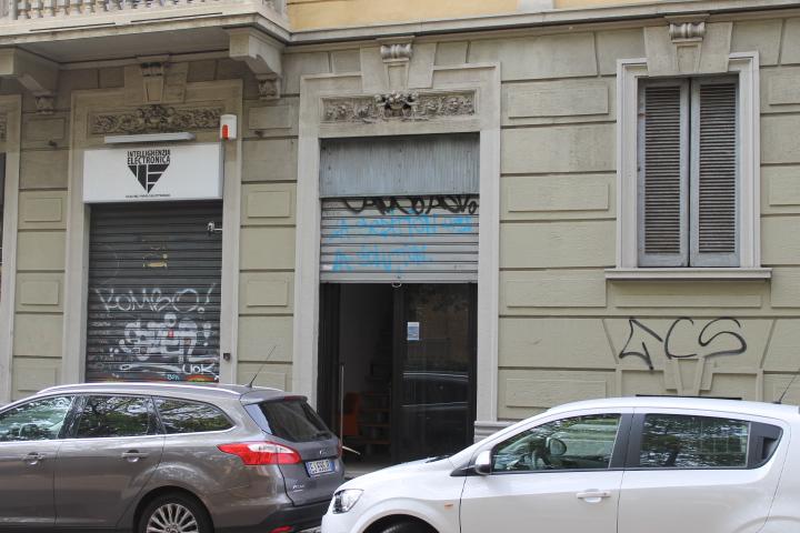 Bilocale Milano Viale Tibaldi 1