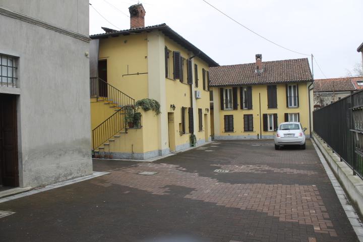 Bilocale Pavia Via Breventano 1