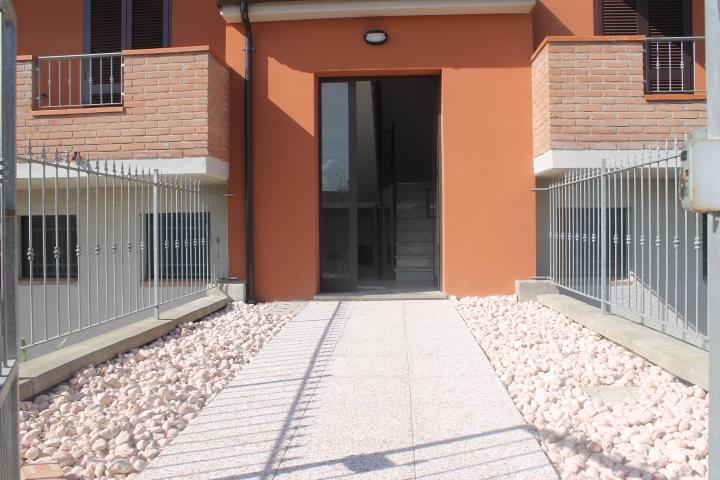 Bilocale Linarolo Via Camminata 4