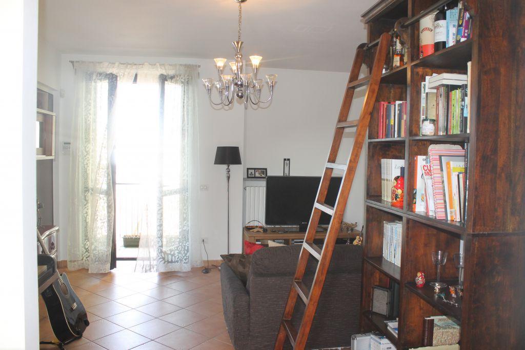 Appartamento in ottime condizioni arredato in vendita Rif. 4769556
