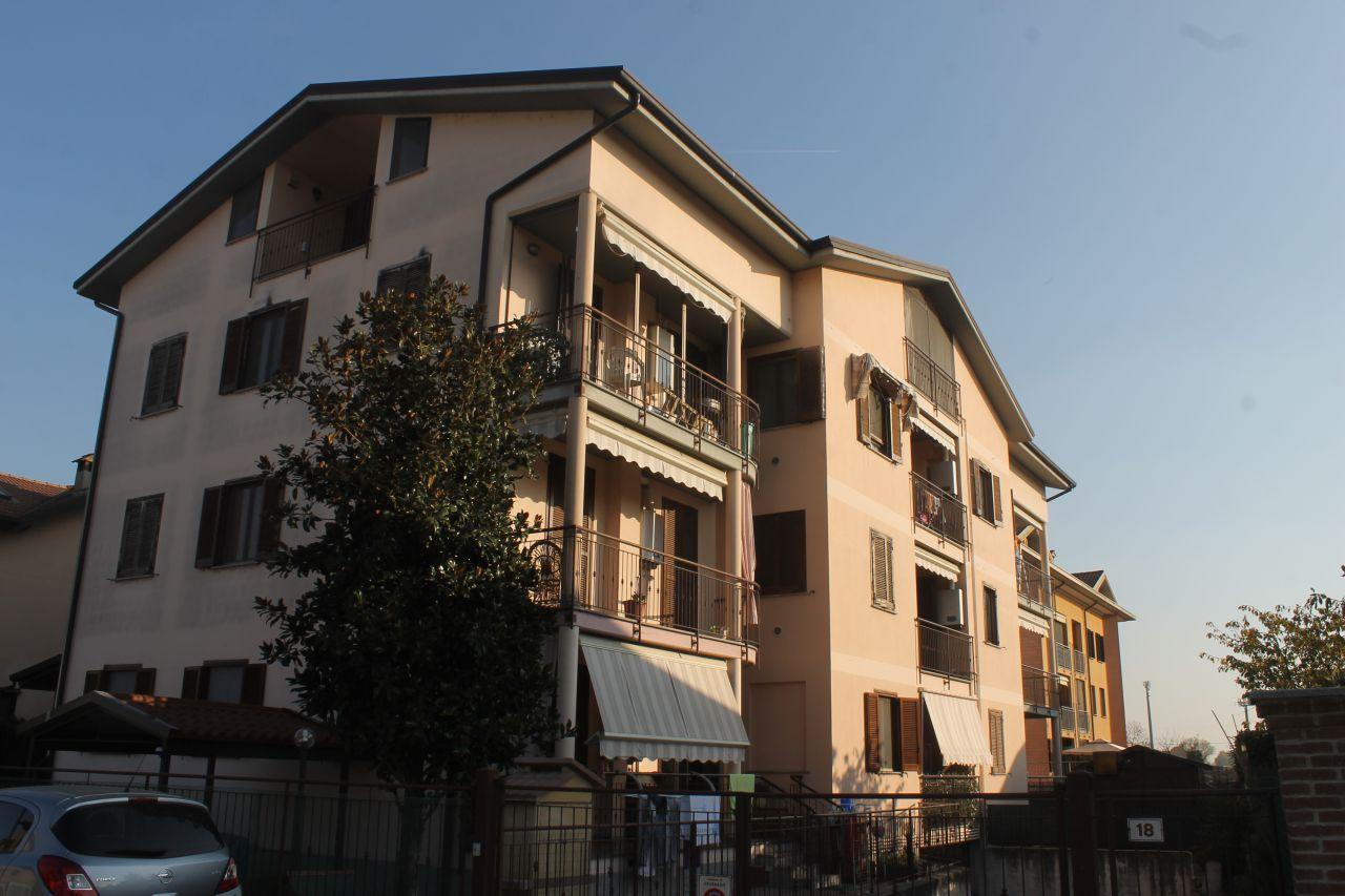 Appartamento in buone condizioni arredato in vendita Rif. 4769567