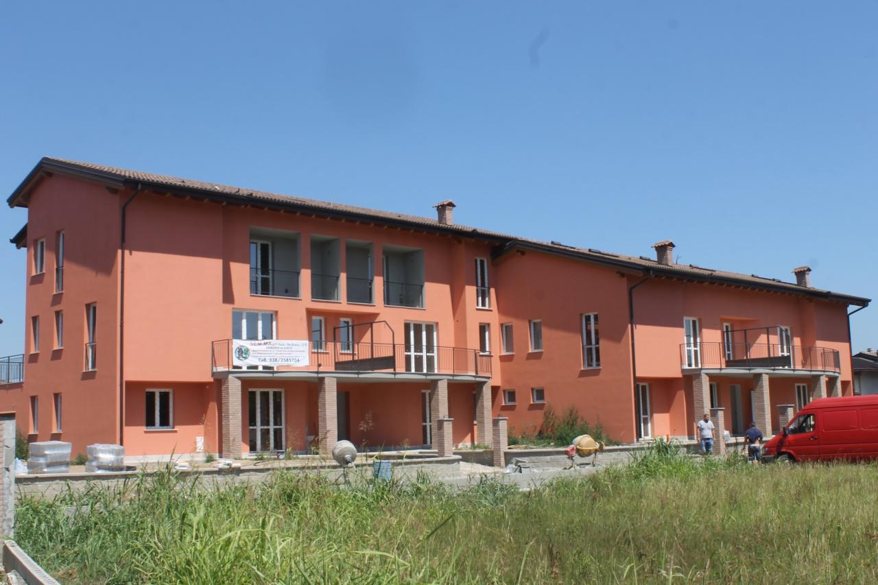 Appartamento in ottime condizioni in vendita Rif. 10411120