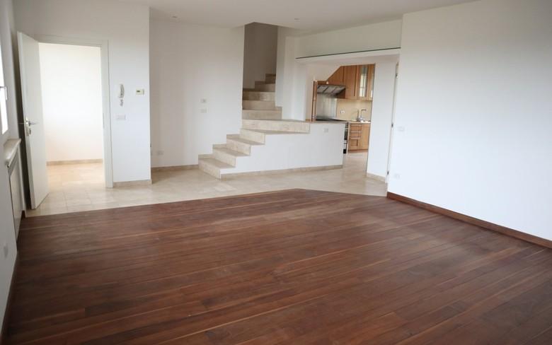 Casa Indipendente in ottime condizioni in vendita Rif. 11598959