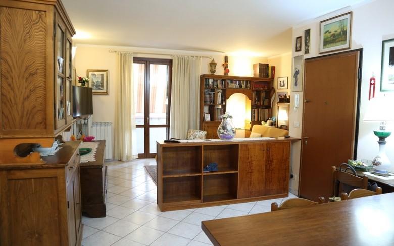 Appartamento in vendita a Foiano della Chiana, 4 locali, prezzo € 125.000 | PortaleAgenzieImmobiliari.it