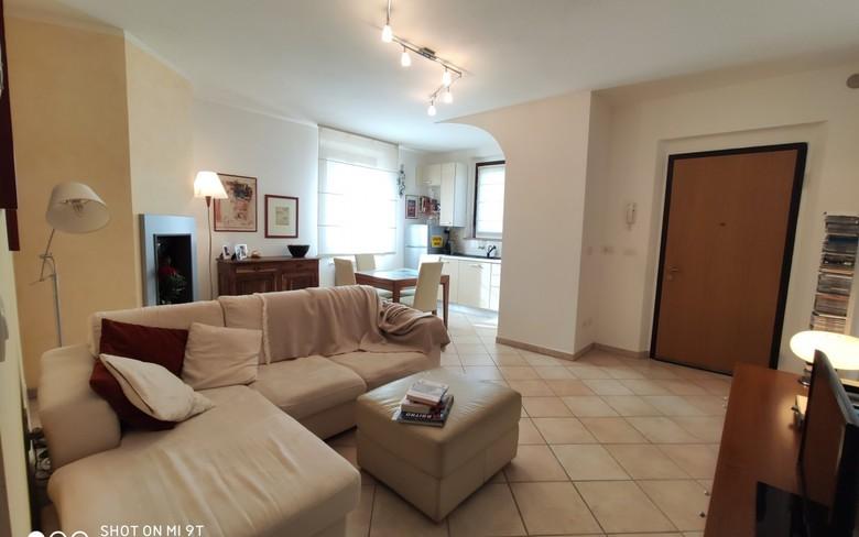 Appartamento in vendita a Lucignano, 3 locali, prezzo € 128.000 | CambioCasa.it