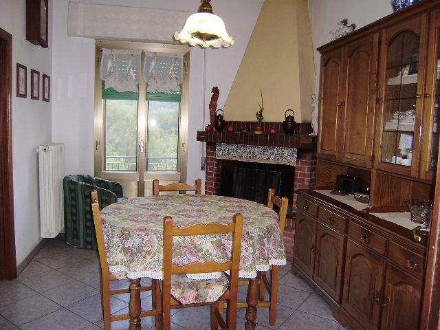 Casa Indipendente in buone condizioni in vendita Rif. 4769765