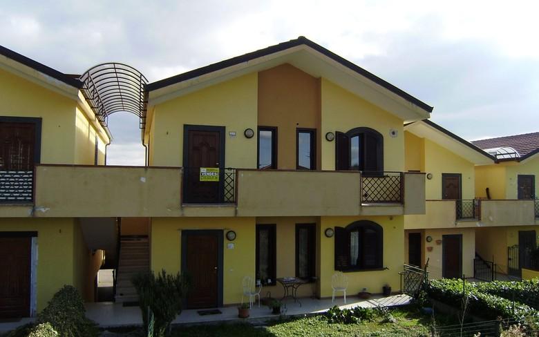 Appartamento in vendita a Foiano della Chiana, 4 locali, prezzo € 100.000 | PortaleAgenzieImmobiliari.it