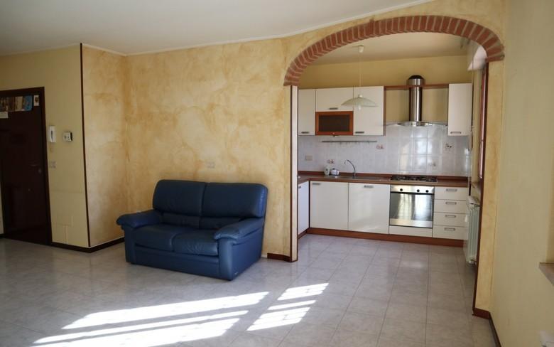 Appartamento in ottime condizioni in vendita Rif. 10013856