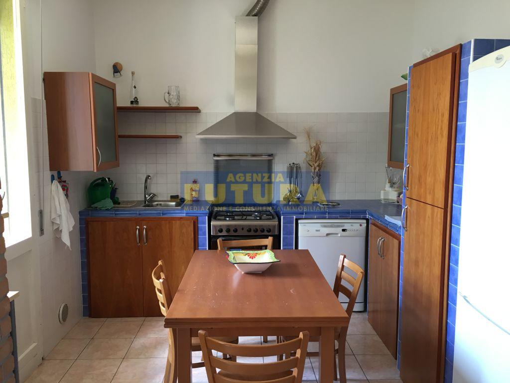 Appartamento indipendente trilocale in vendita a Ravenna (RA)