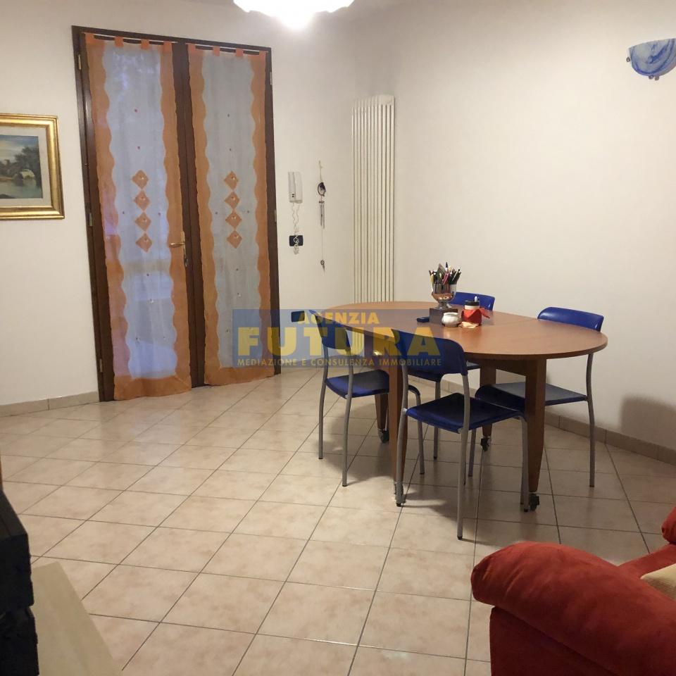 Villetta a schiera in ottime condizioni in vendita Rif. 10854945