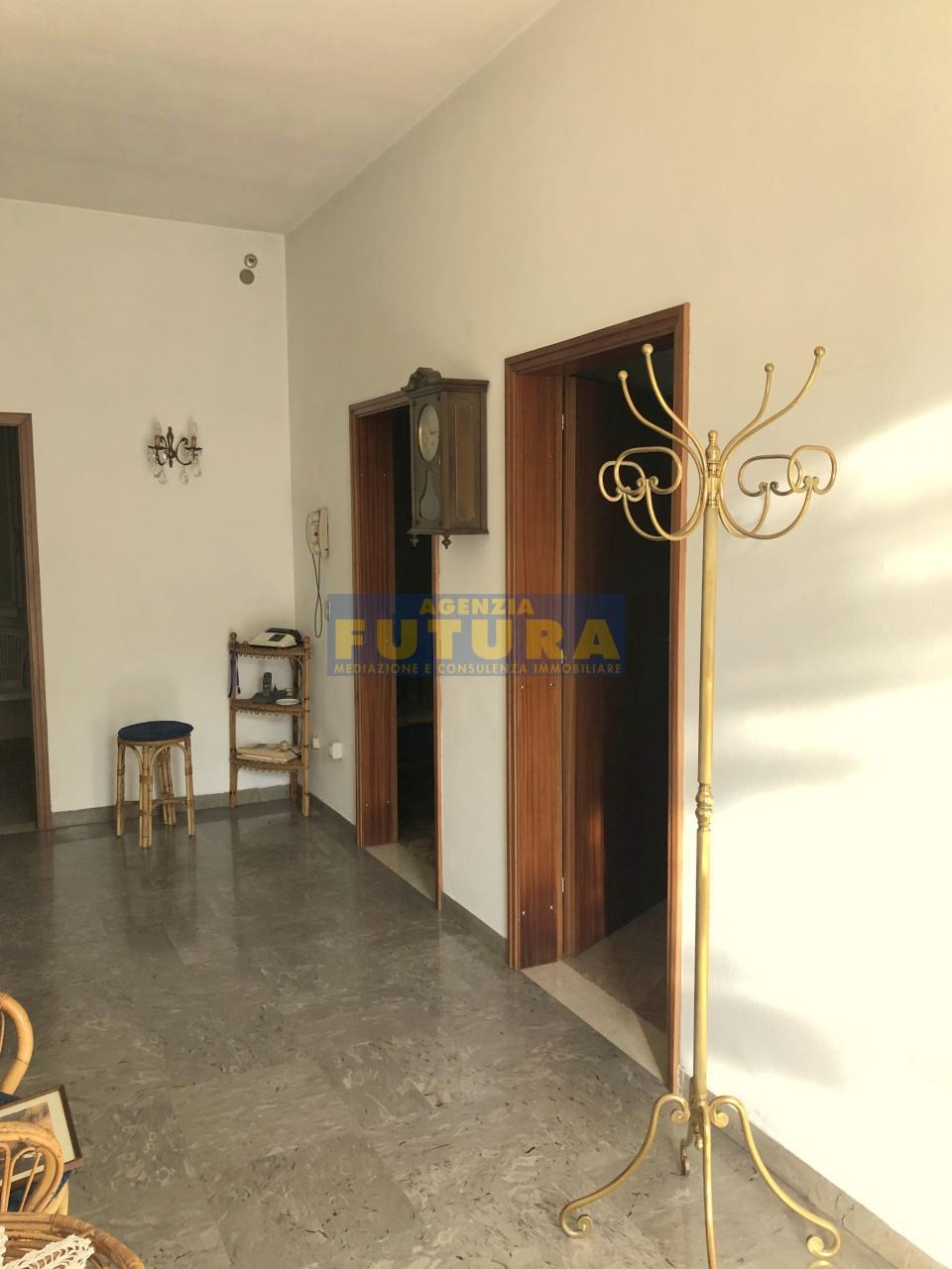 Casa Indipendente da ristrutturare in vendita Rif. 11220672