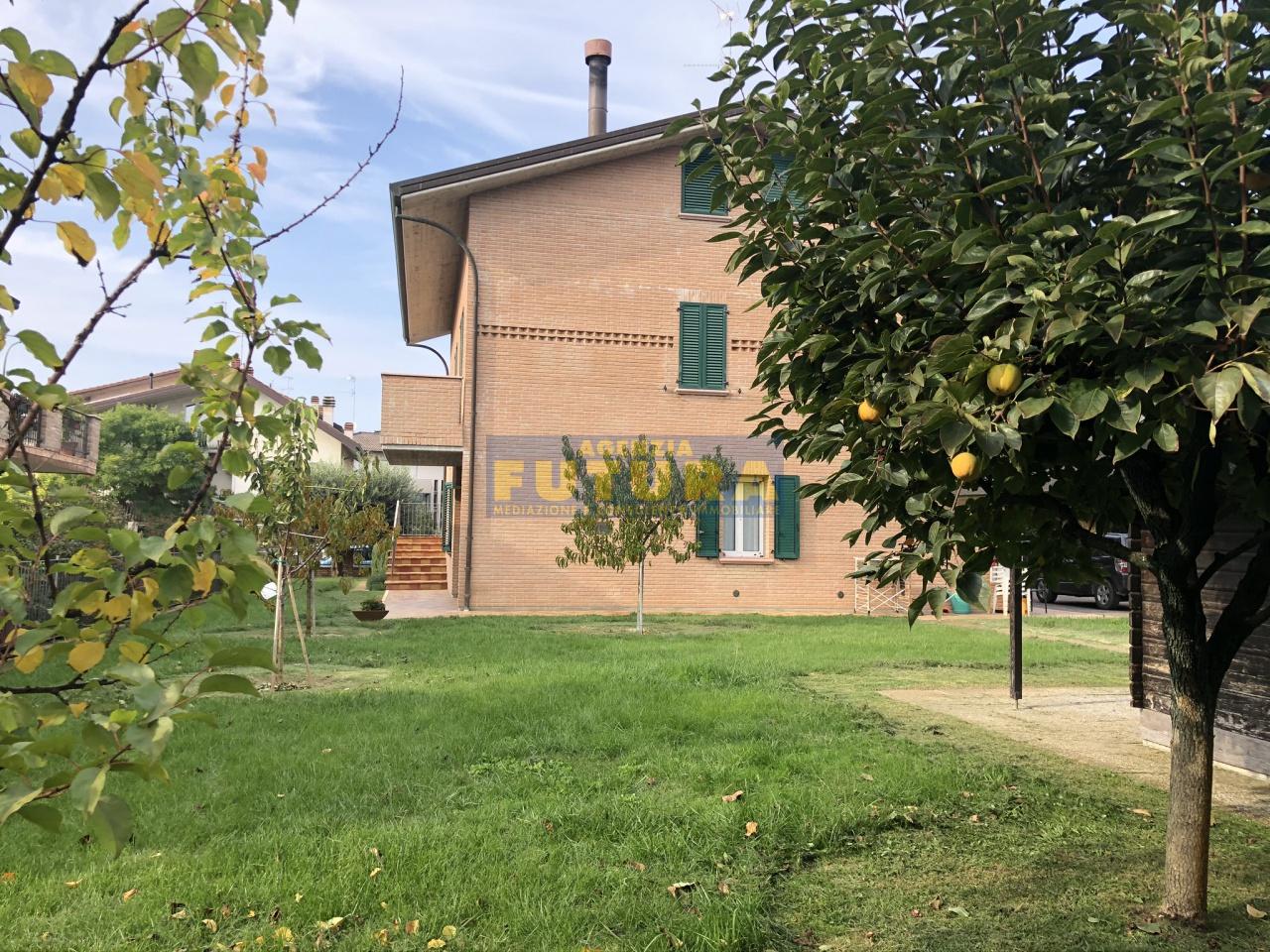 Villa in ottime condizioni in vendita Rif. 11343845