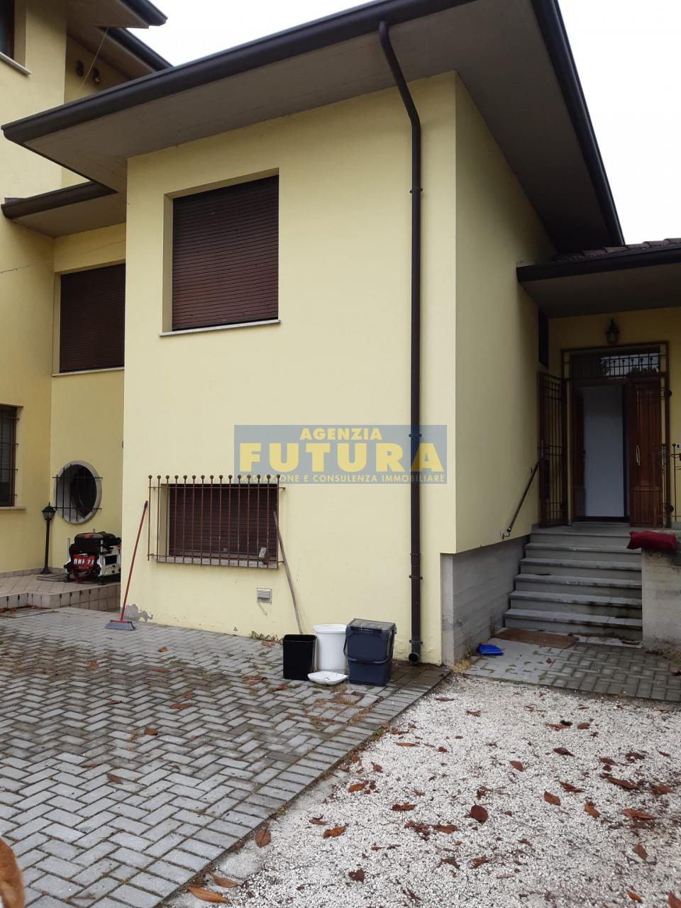 Appartamento a Ravenna (Ravenna) in Vendita