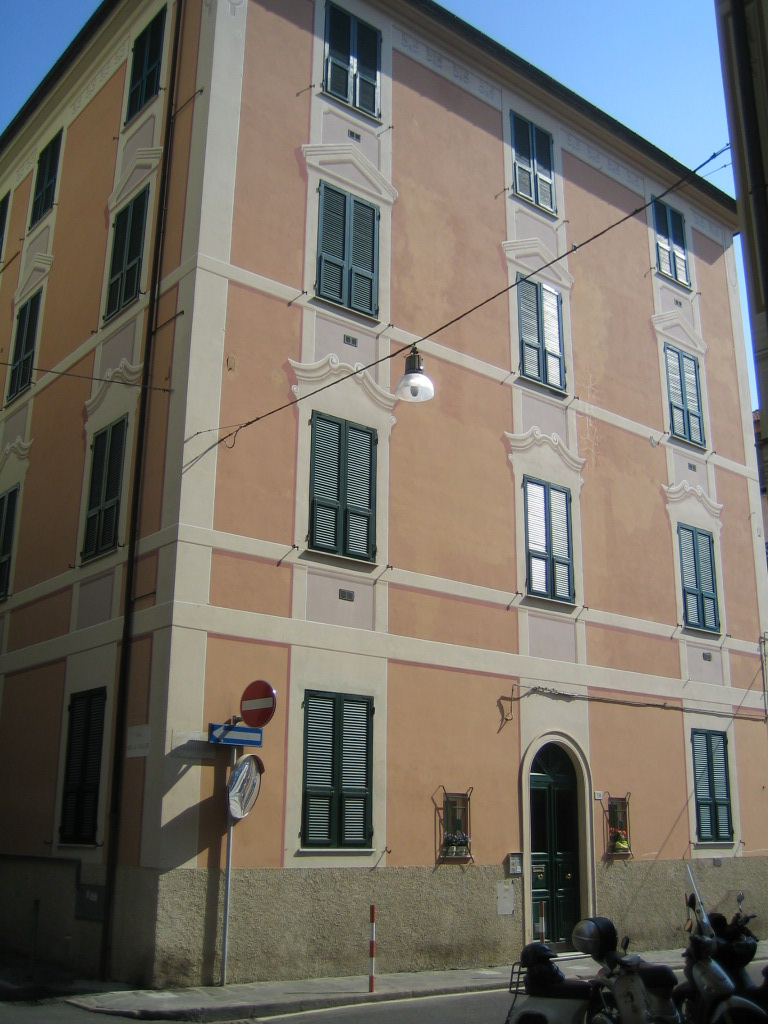 Bilocale Santa Margherita Ligure Via Roccatagliata 2