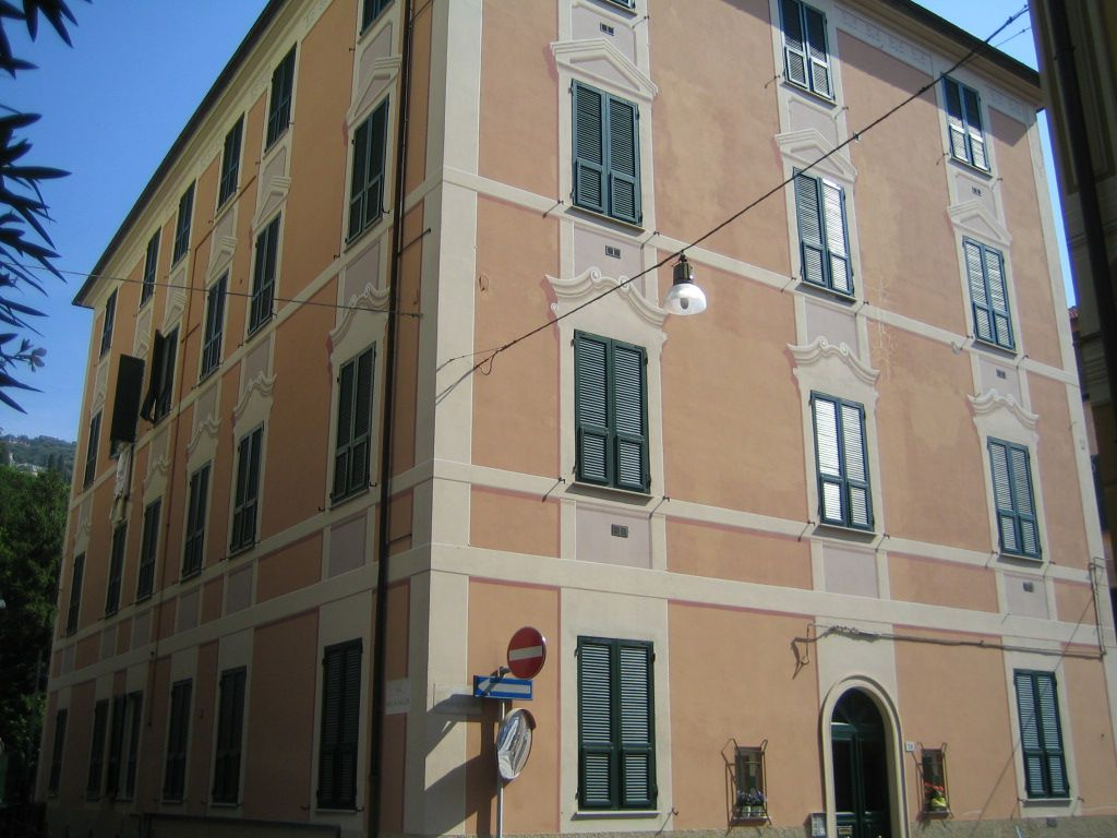 Bilocale Santa Margherita Ligure Via Roccatagliata 1
