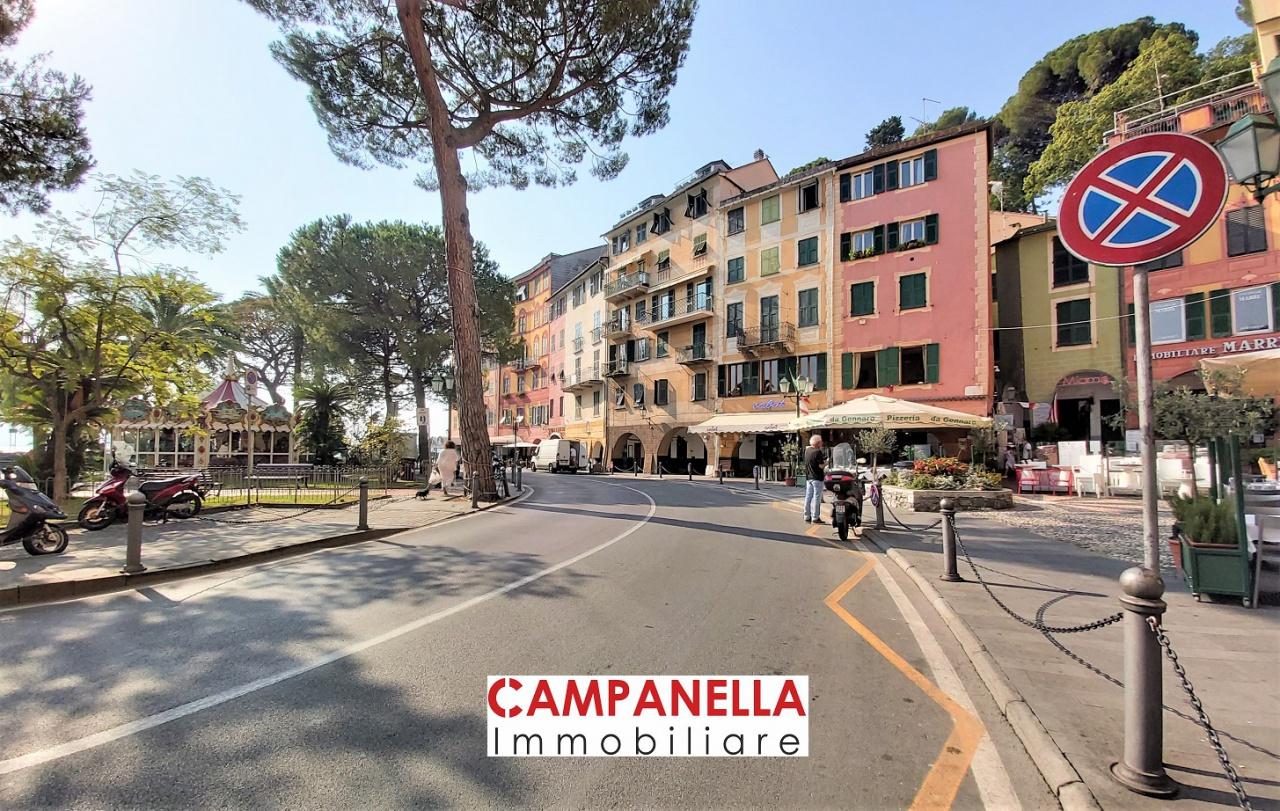 Negozio / Locale in affitto a Santa Margherita Ligure, 2 locali, prezzo € 2.700   PortaleAgenzieImmobiliari.it