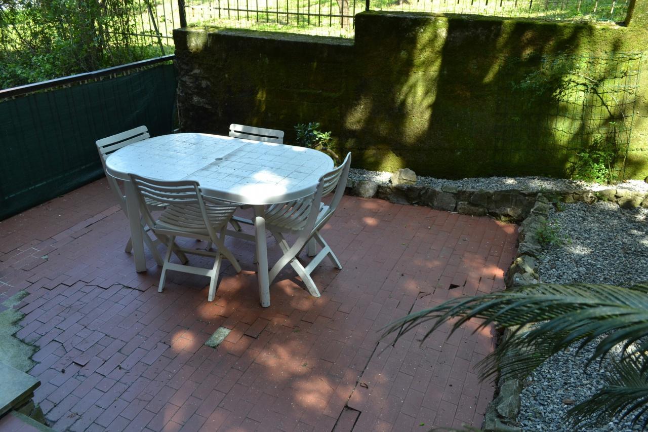 Appartamento in buone condizioni in vendita Rif. 10386262