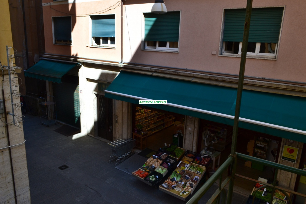 Appartamento in affitto a Rapallo, 3 locali, prezzo € 650 | PortaleAgenzieImmobiliari.it