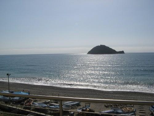 Appartamento in vendita a Albenga, 2 locali, prezzo € 422.000 | CambioCasa.it
