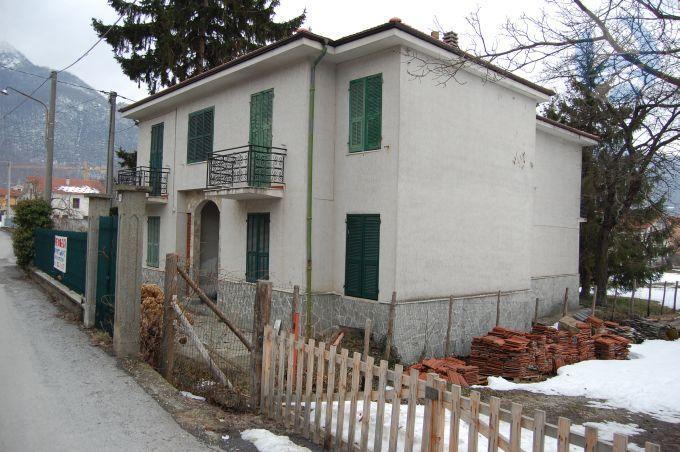 Appartamento in vendita a Garessio, 3 locali, prezzo € 100.000   CambioCasa.it