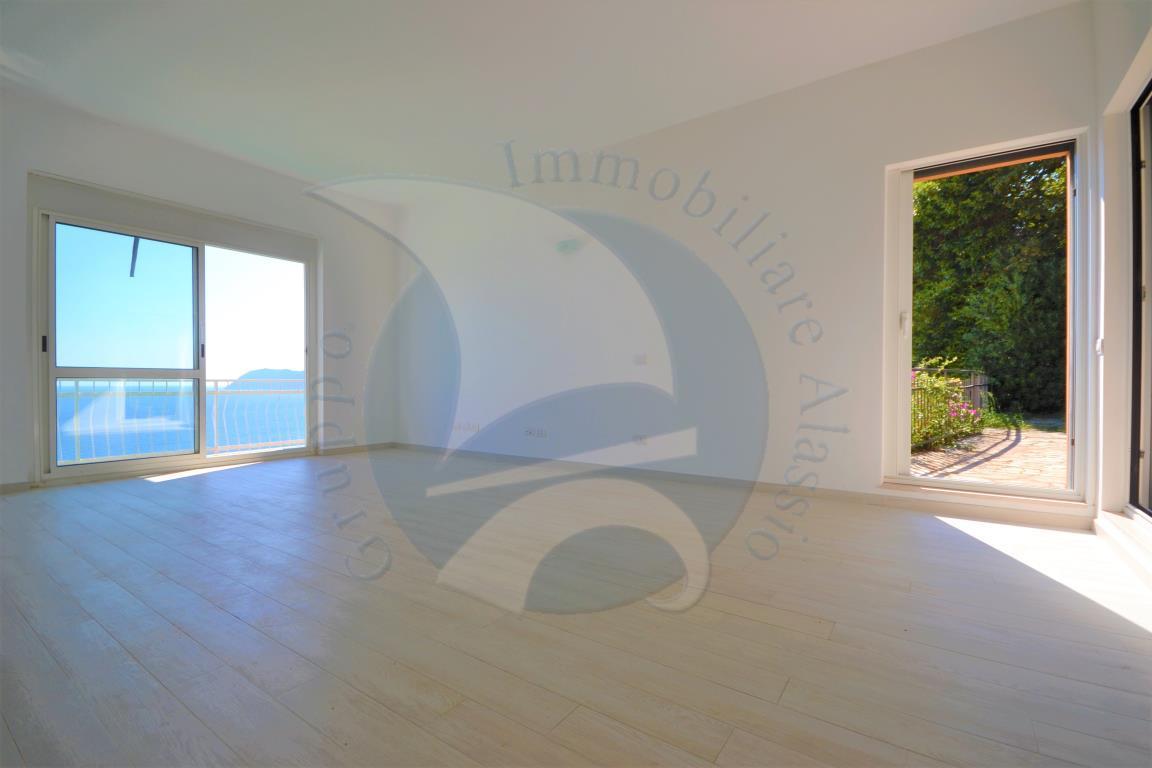 Appartamento in vendita a Alassio, 3 locali, prezzo € 790.000 | CambioCasa.it