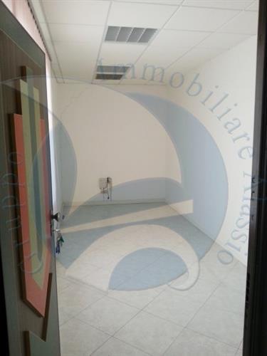 Ufficio / Studio in Vendita a Albenga