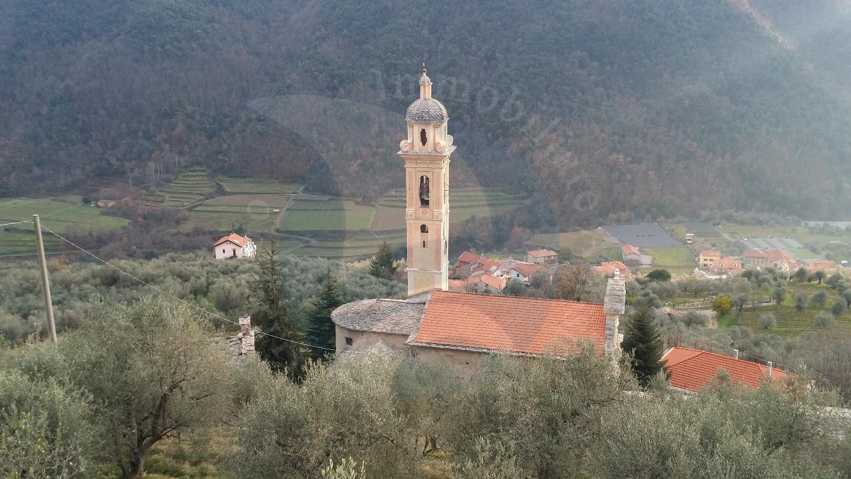 Villa in vendita a Ranzo, 4 locali, prezzo € 270.000 | CambioCasa.it