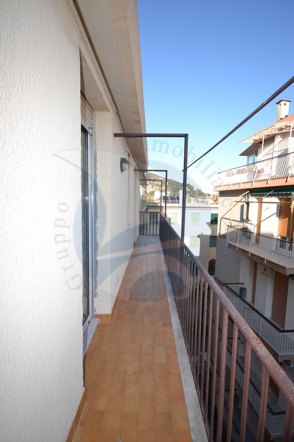Appartamento ALASSIO 04AF348